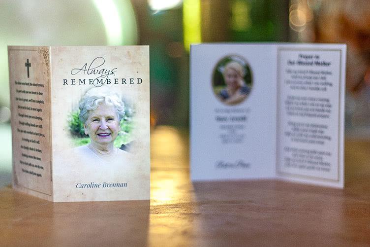 memorial-cards-design-photo