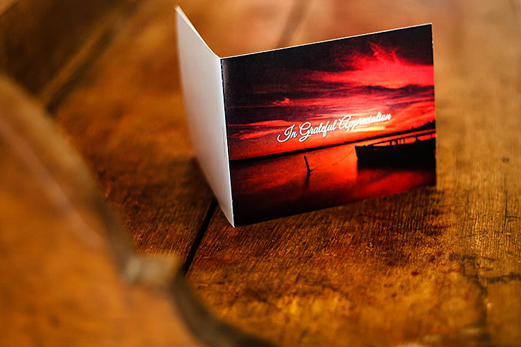 4-page scenic acknowledgement card